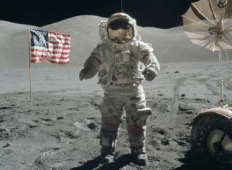 Hombres en la Luna