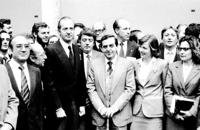 Muere Carlos Valenzuela, primer alcalde elegido en democracia
