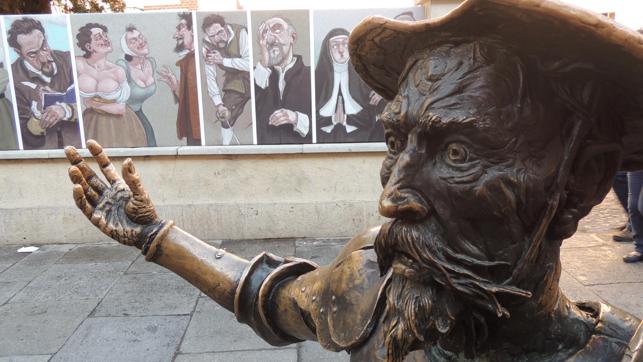 Mercado Medieval de Alcalá: Don Quijote se mete en el pasaje del terror