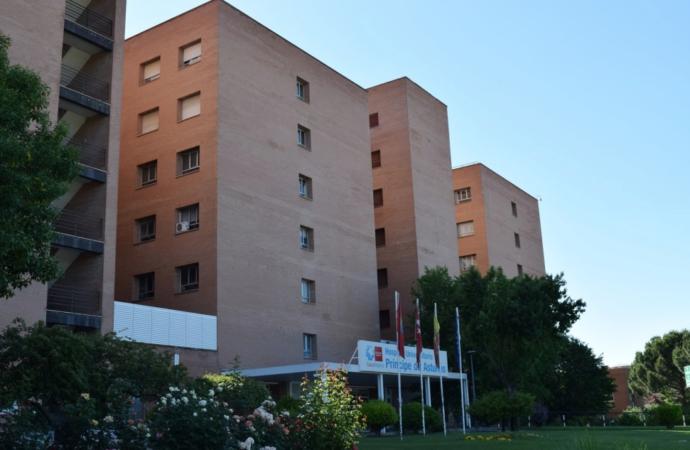 El Hospital de Alcalá suspende la entrada de visitas por el aumento de casosde coronavirus