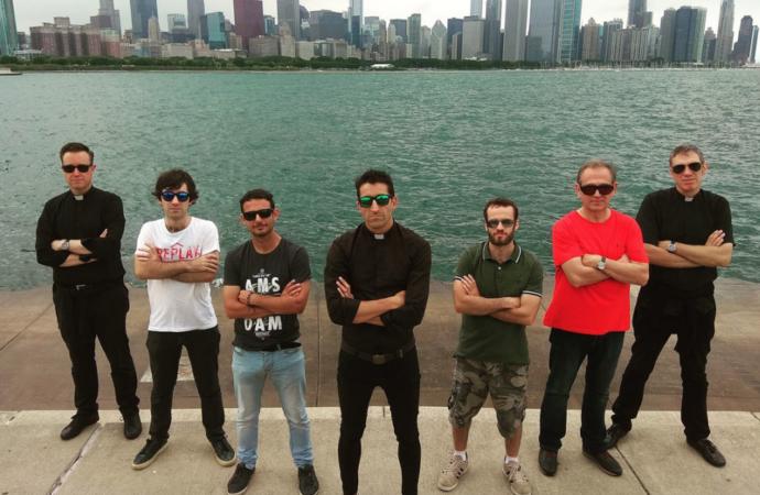 Los curas rockeros de Alcalá darán un concierto a beneficio de los damnificados por la DANA