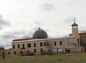 El obispo de Alcalá inaugura la 'Catedral' de Espartales