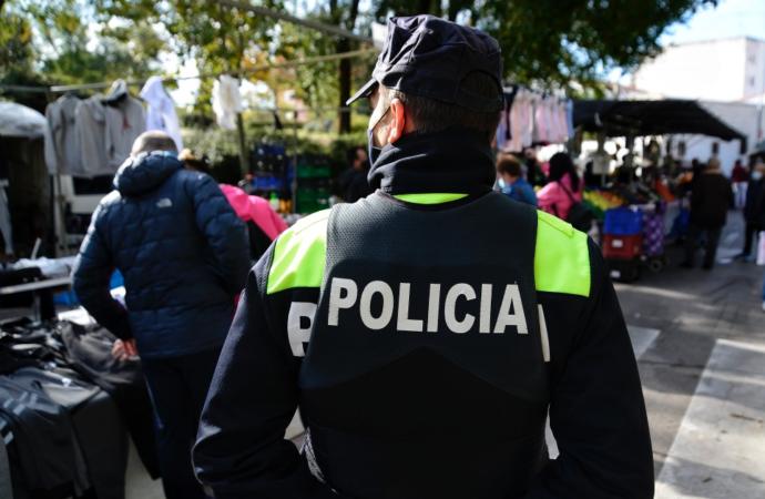 Las Juntas de Distrito aprueban más patrullas de policía a pie