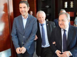 Florentino Pérez, Keylor Navas, Pepe y Nacho con la peña Madridista Ramón Mendoza de Alcalá