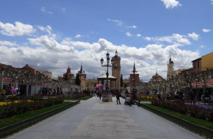 Abre la Feria del Libro de Novedad de Alcalá de Henares