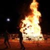El fuego protagonizó la noche de San Juan en Alcalá, la noche más corta del año