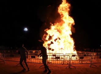 Así ardió la falla de Alcalá de Henares