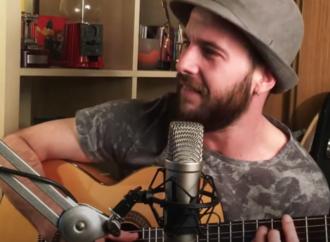 Videoclip / Luis de Diego homenajea a Alcalá Patrimonio de la «Humildad» con esta canción de tan buen rollo