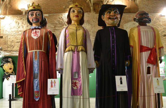 Historia reciente y desconocida: «la Comparsa de Gigantes y Cabezudos de Alcalá de Henares»