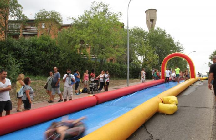 Un tobogán acuático de 100 metros refrescará las Ferias de Alcalá a los más pequeños