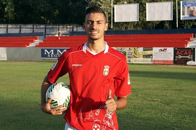 El hermano de Yannick Carrasco, del Atlético de Madrid, debutó con la RSD Alcalá