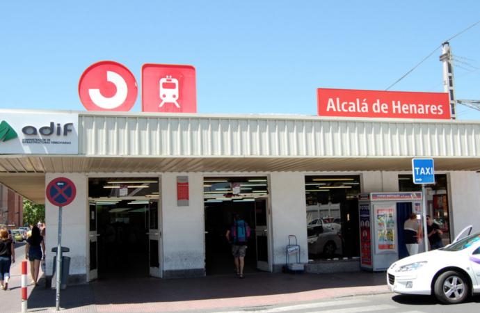Estación de Alcalá: la oficina de gestión de la Tarjeta de Transporte Público reabre sus puertas