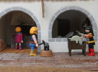 Los Belenes más curiosos de Alcalá: el Belén de Playmobil de Manuel