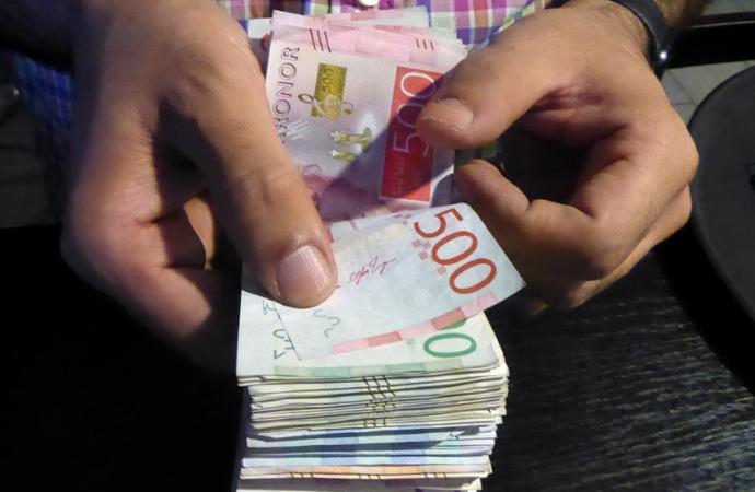 Las mujeres madrileñas cobran 6.000 euros menos al año que los hombres