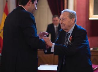 El pleno homenajea a Francisco Javier García Gutiérrez