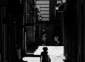 Calle Escuelas / Alcalá, Patrimonio de la Humanidad: fotos con alma