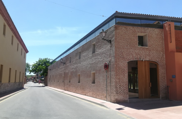 Bodas Civiles en Alcalá: su nuevo edificio ya luce fachada nueva a pesar de la pandemia