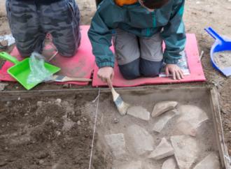 «Arqueólogos por un día», el programa para niños que se desarrolla en Alcalá