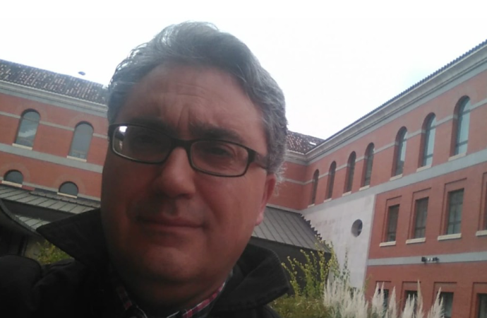 Pedro P. Hinojos: «Alcalá tiene mucho futuro justamente porque tiene mucho pasado»