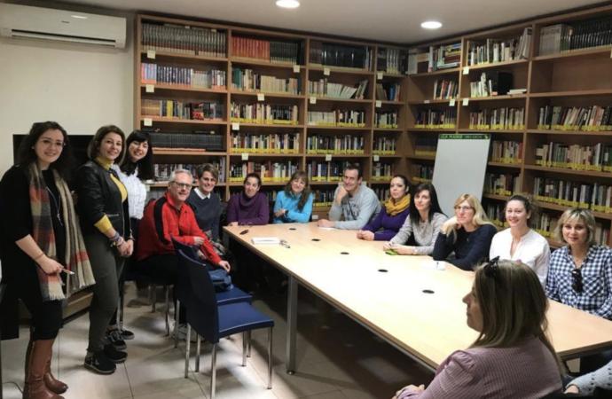 Alovera organiza una nueva edición del programa de formación Aula de Familia