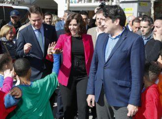 La Presidenta Díaz Ayuso anuncia en Torrejón inversiones en vivienda y educación pública durante su visita