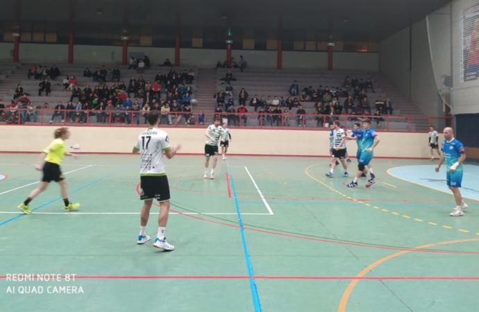 Balonmano en Alcalá. Crónicas del C.D. Iplacea. Partidos del fin de semana