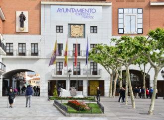Torrejón y Guadalajara se suman hoy al día mundial de la lucha contra el ELA iluminando de verde edificios embleméticos