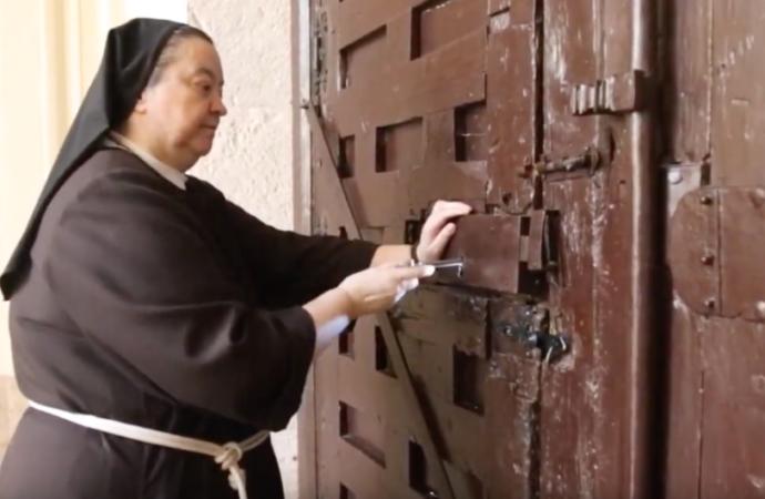 Consejos desde la clausura: así pasan la cuarentena quienes llevan años entre muros en Alcalá de Henares