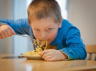 San Fernando servirá comida a domicilio a niños situación de vulnerabilidad mientras dure el estado de alarma