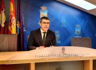El tercer teniente de alcalde de Guadalajara hospitalizado por neumonía con pronóstico favorable