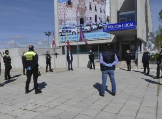El alcalde de Guadalajara da las gracias a Bomberos, Policía Local y Protección Civil en nombre de los ciudadanos