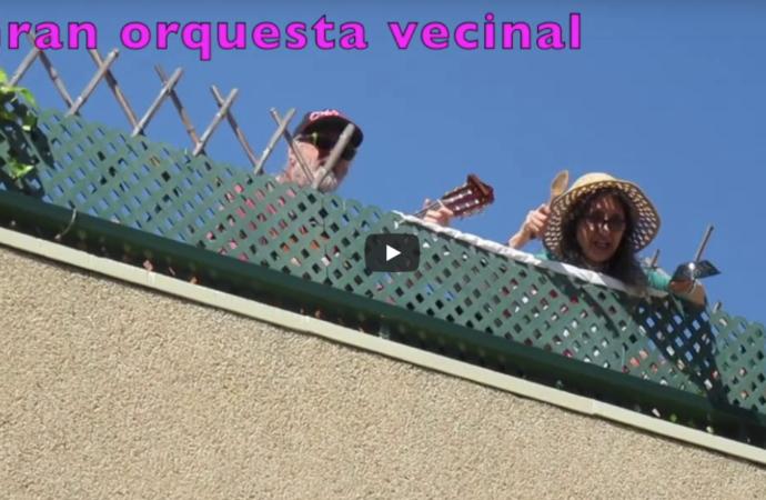 Lo que se ha convertido ya en una orquesta vecinal en Alcalá: cacerolas, cucharas…todo vale en el confinamiento
