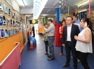 La escuela infantil Charlie Rivel de Coslada estará el próximo curso en el centro Miguel Hernández