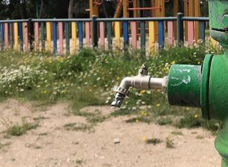 El ayuntamiento de Coslada clausura las fuentes públicas para minimizar el riesgo de contagio en el inicio de la desescalada