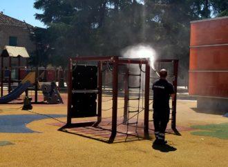 San Fernando desinfecta todas las áreas de juegos infantiles del municipio y edificios municipales