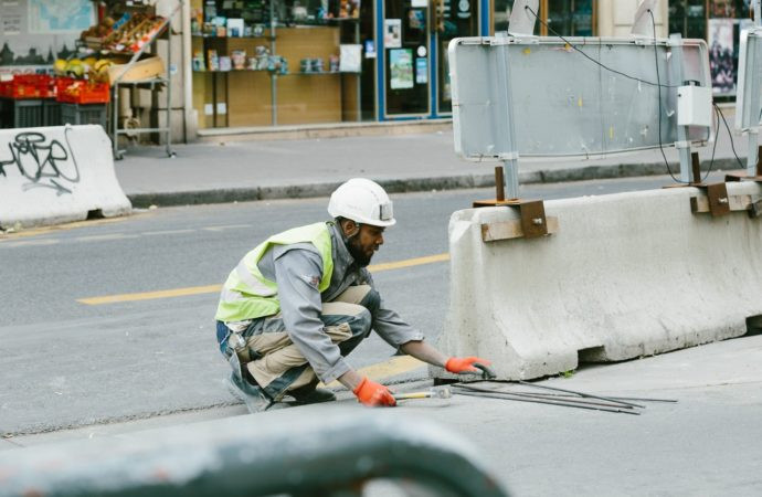 Guadalajara y Azuqueca continúan con sus planes de asfaltado y mejoras del pavimento