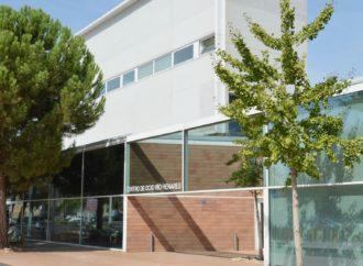 El ayuntamiento de Azuqueca adaptará los baños de edificios municipales a las personas ostomizadas