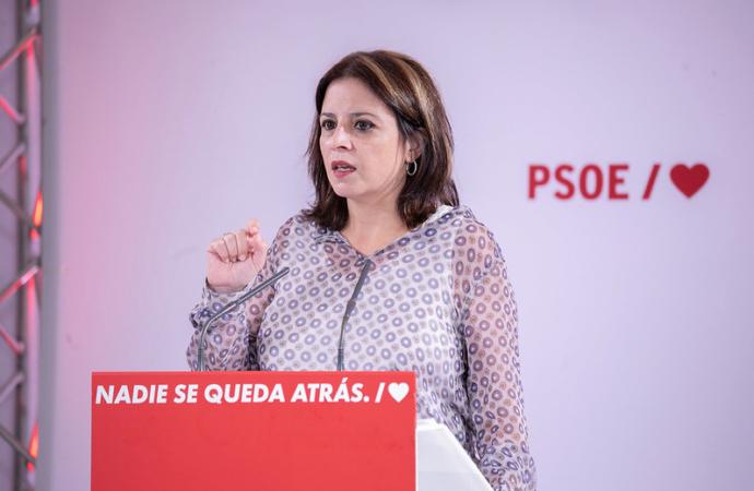 Adriana Lastra participa en un acto del PSOE en Alcalá de Henares