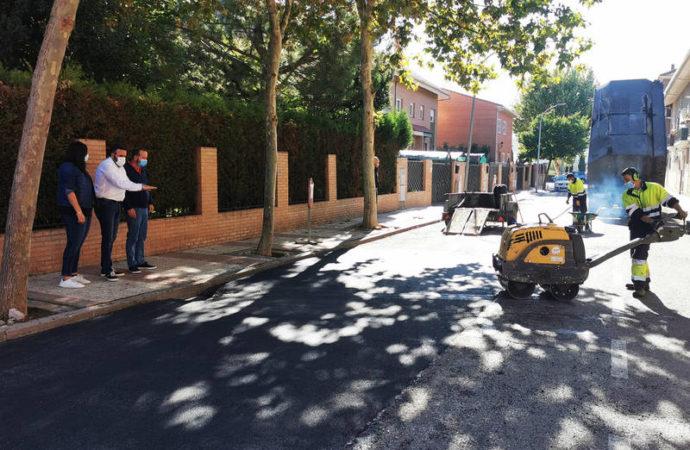Azuqueca de Henares invierte más de 6.000 euros en la reparación del asfalto de varias vías