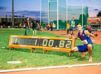 El atleta de Torrejón, Pablo Sánchez-Valladares, bate el récord de España de 500 metros