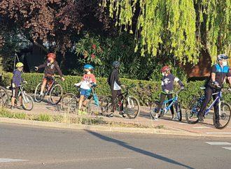 La Policía Local de Coslada acompaña a los alumnos al colegio en bicicleta