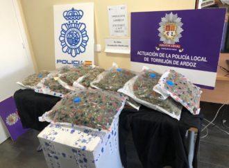 Operación antidroga en Torrejón con dos detenidos y 8,6 kilos de marihuana incautados