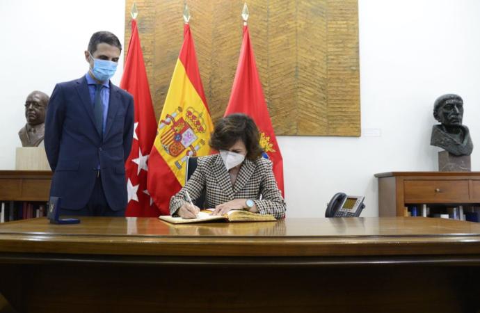 La vicepresidenta Carmen Calvo participa en Alcalá en un acto de conmemoración de Manuel Azaña