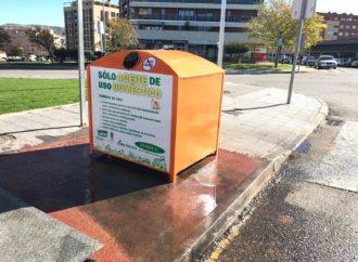 Guadalajara invierte 14.000 euros en renovar los contenedores de reciclado de aceite de uso doméstico de la ciudad