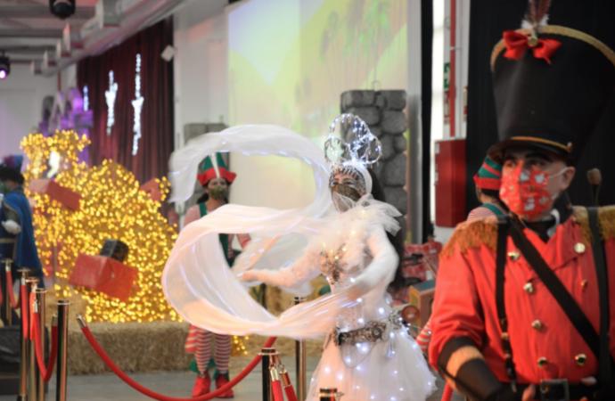 Abre La Fábrica de los Juguetes, un espacio mágico donde los niños verán a los Reyes Magos en Alcalá