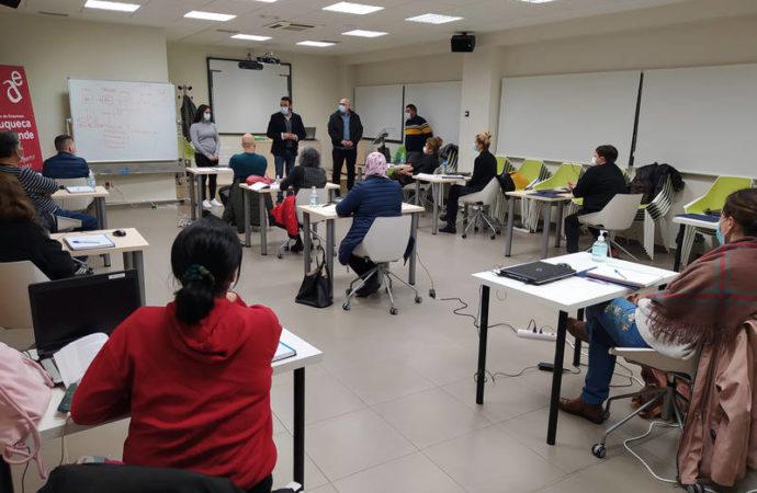 Tres nuevos itinerarios del Programa Operativo de Empleo, Formación y Educación han comenzado en Azuqueca con un total de 45 alumnos