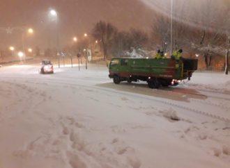 Coslada pide a los ciudadanos que no salgan de casa y prioricen su seguridad porque las nevadas van a continuar hoy