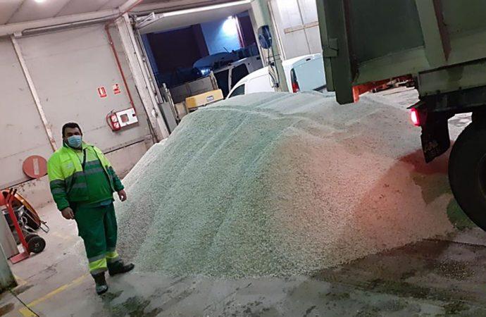Coslada habilita otros cuatro puntos de recogida de sal
