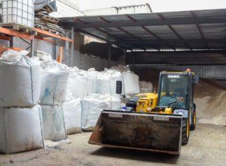 Coslada habilita dos espacios de recogida de sal y Torrejón añade seis puntos nuevos