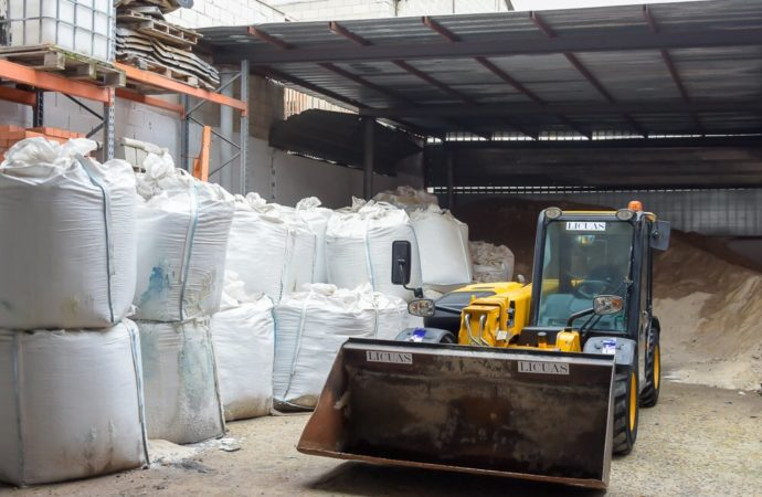 El Ayuntamiento de Torrejón retoma el servicio de reparto de sal a los ciudadanos